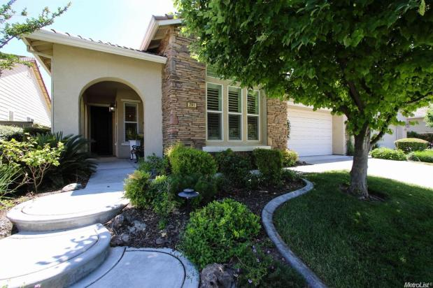 261  Mill Valley North Cir,  Sacramento, CA 95835