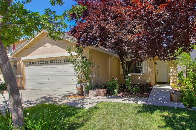 2451 Serenata, Sacramento, CA 95835